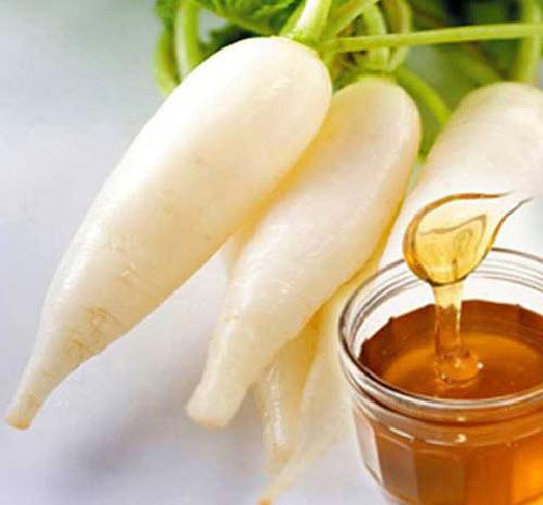 Tự làm kem dưỡng trắng da từ củ cái trắng và mật ong để có một làn da trắng mịn
