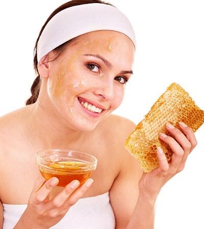 Mật ong không chỉ giúp trị mụn mà còn giúp làm đẹp da