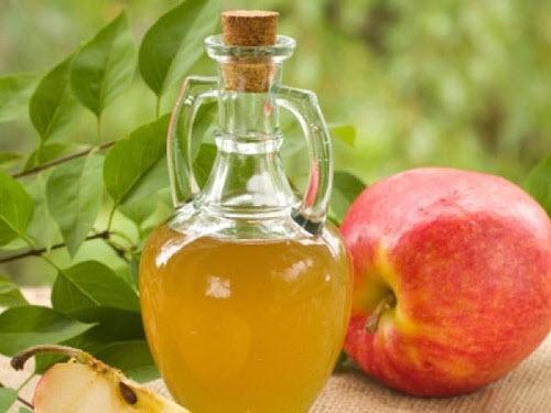 Áp dụng cách trị nám hiệu quả và đơn giản nhất với giấm táo thường xuyên các chị nhé