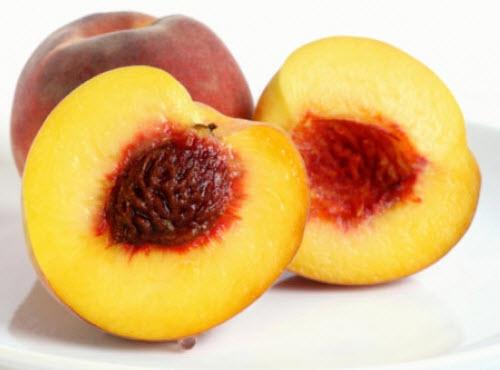 Cách trị nám da và tàn nhang đơn giản, hiệu quả với trái đào