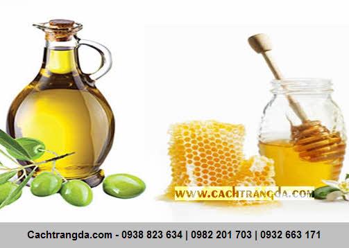 Làn da của bạn sẽ trắng sáng lên từng ngày với tinh chất của dầu oliu và mật ong