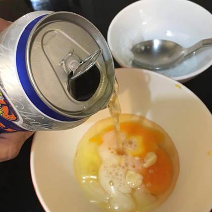 Cách làm trắng da bằng bia và trứng gà
