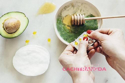 cách làm trắng da mặt đơn giản mà hiệu quả từ nha đam + quả bơ