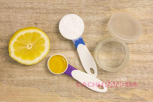 Cách dưỡng trắng da trị mụn từ Mật ong và nước cốt chanh