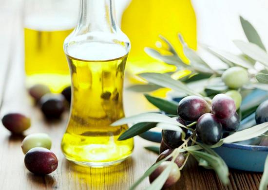 Dầu olive mang lại làn da sáng mịn