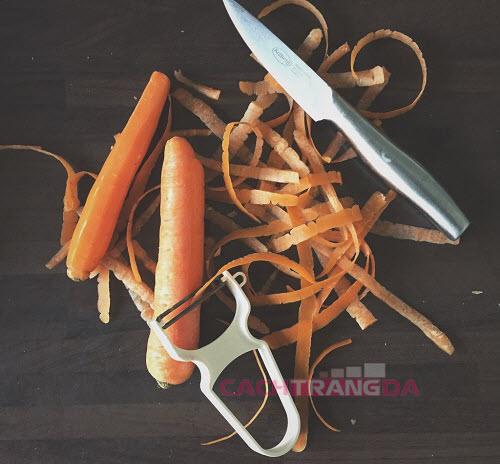 Cách dưỡng trắng da tại nhà bằng Mặt nạ cà rốt