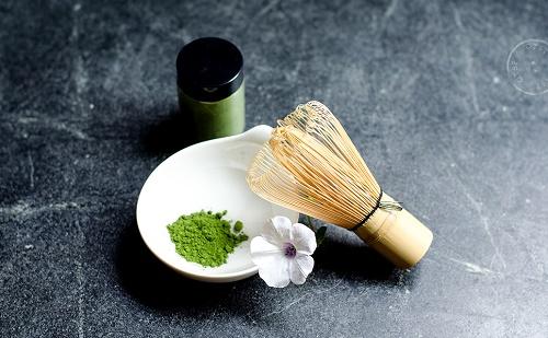 Cách làm mặt nạ dưỡng da, trị mụn từ Bột trà xanh