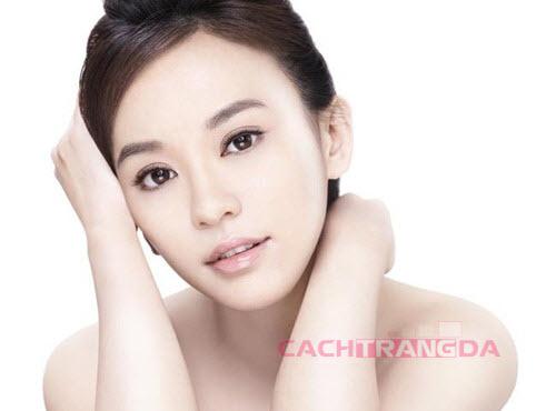 Mặt nạ dưỡng trắng da trị mụn cực hay và hiệu quả