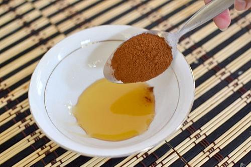 Cách trị mụn trứng cá hiệu quả bằng Mật ong và bột quế